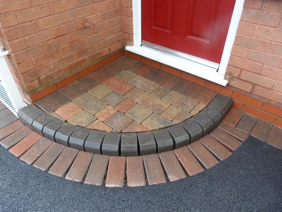 P1000620 & Doorway Entrance Pattern Installers Birmingham | Door Steps